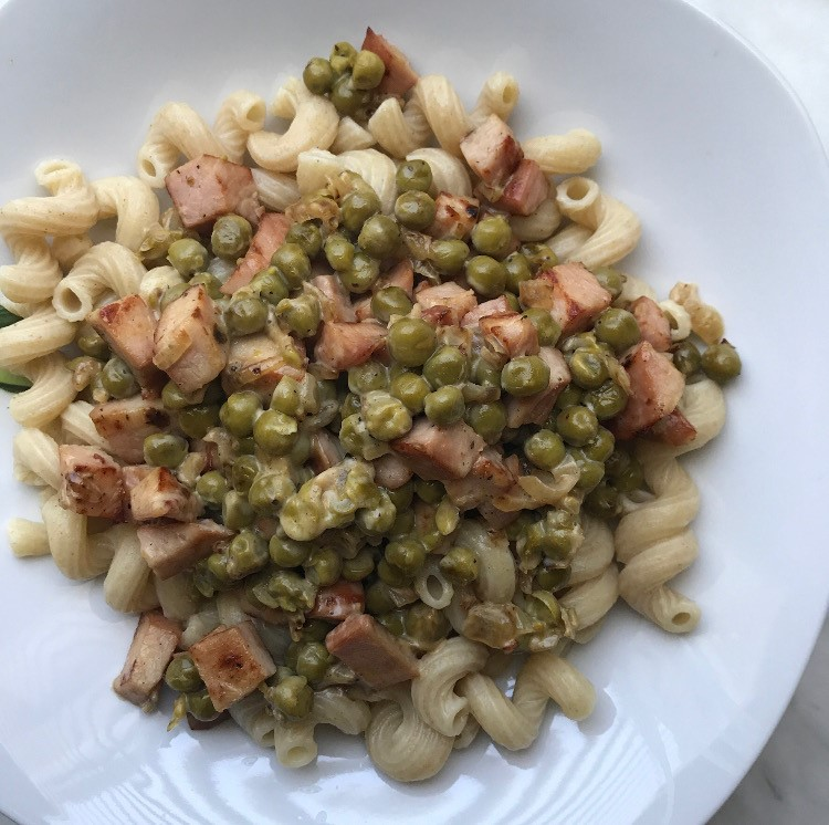 Light pasta carbonara